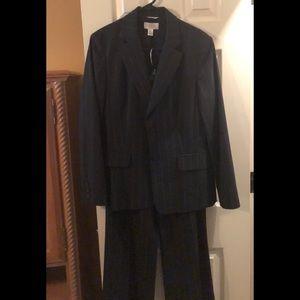 Business Pants suit